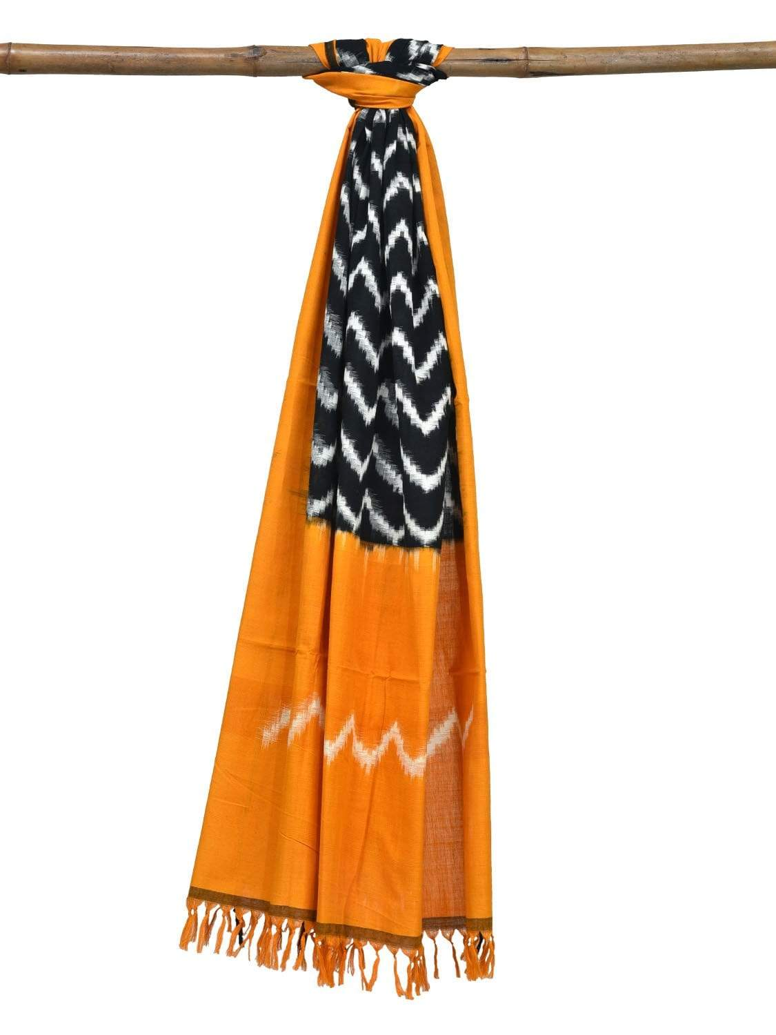 Yellow and Black Pochampally Ikat Cotton Handloom Dupatta with Zig-Zag Design ds0211