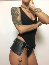 Load image into Gallery viewer, Rocio Bumbag - Leather