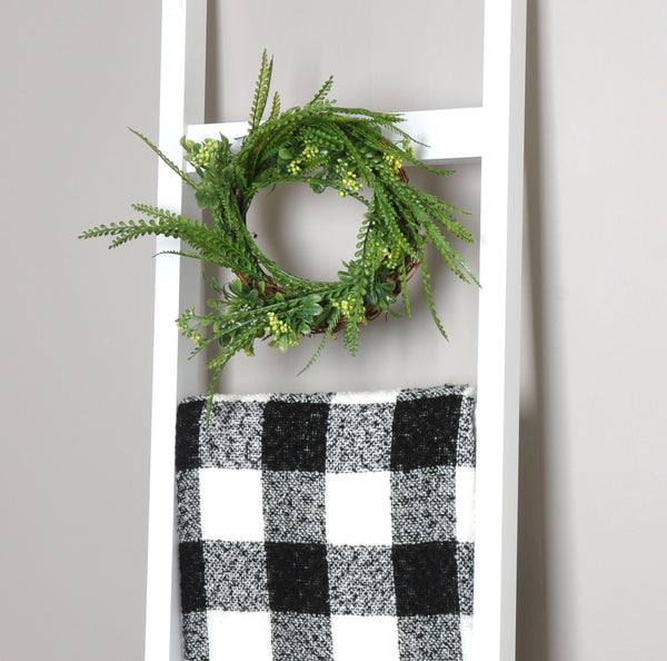 Modern Farmhouse White 6 Ft Blanket Ladder & Faux Wreath Set