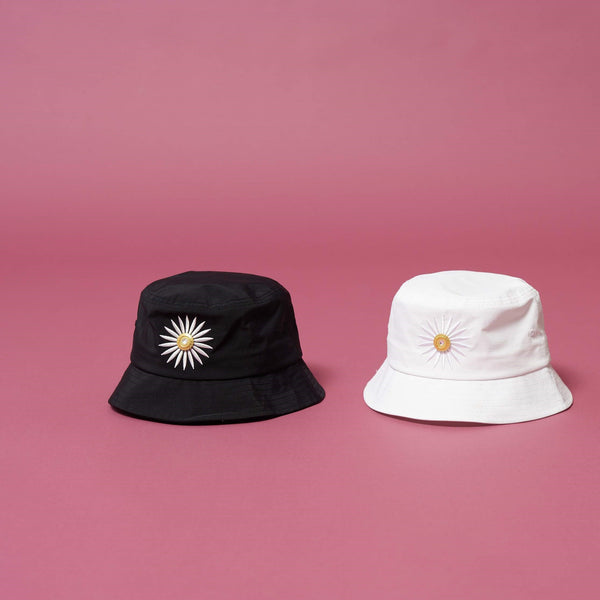 LA ROSA DAISY BUCKET HATS