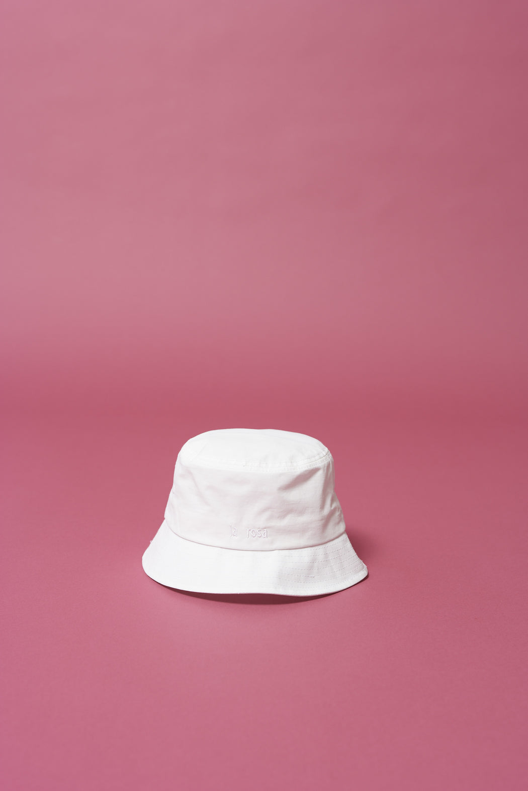 White Daisy Bucket Hat