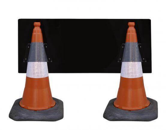 1050x450mm Cone Sign - Slow - 7013