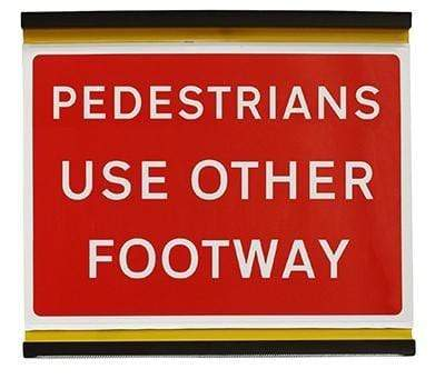 Flexible 600x450mm Pedestrians Use Other Footway - 7018 (4135260291106)