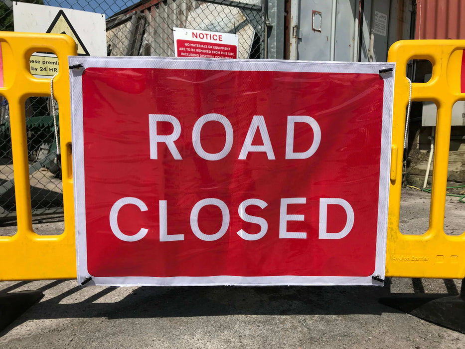 1050x750mm Flexible Road Closed Banner