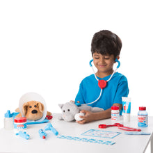 Load image into Gallery viewer, Examine & Treat Pet Vet Play Set