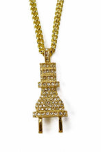 Load image into Gallery viewer, CRYSTAL PLUG PENDANT CHAIN NECKLACE