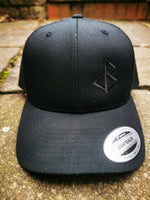 BLACK-OMƎN STEALTH TRUCKER