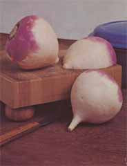TURNIP PURPLE TOP WHITE GLOBE 1/2OZ