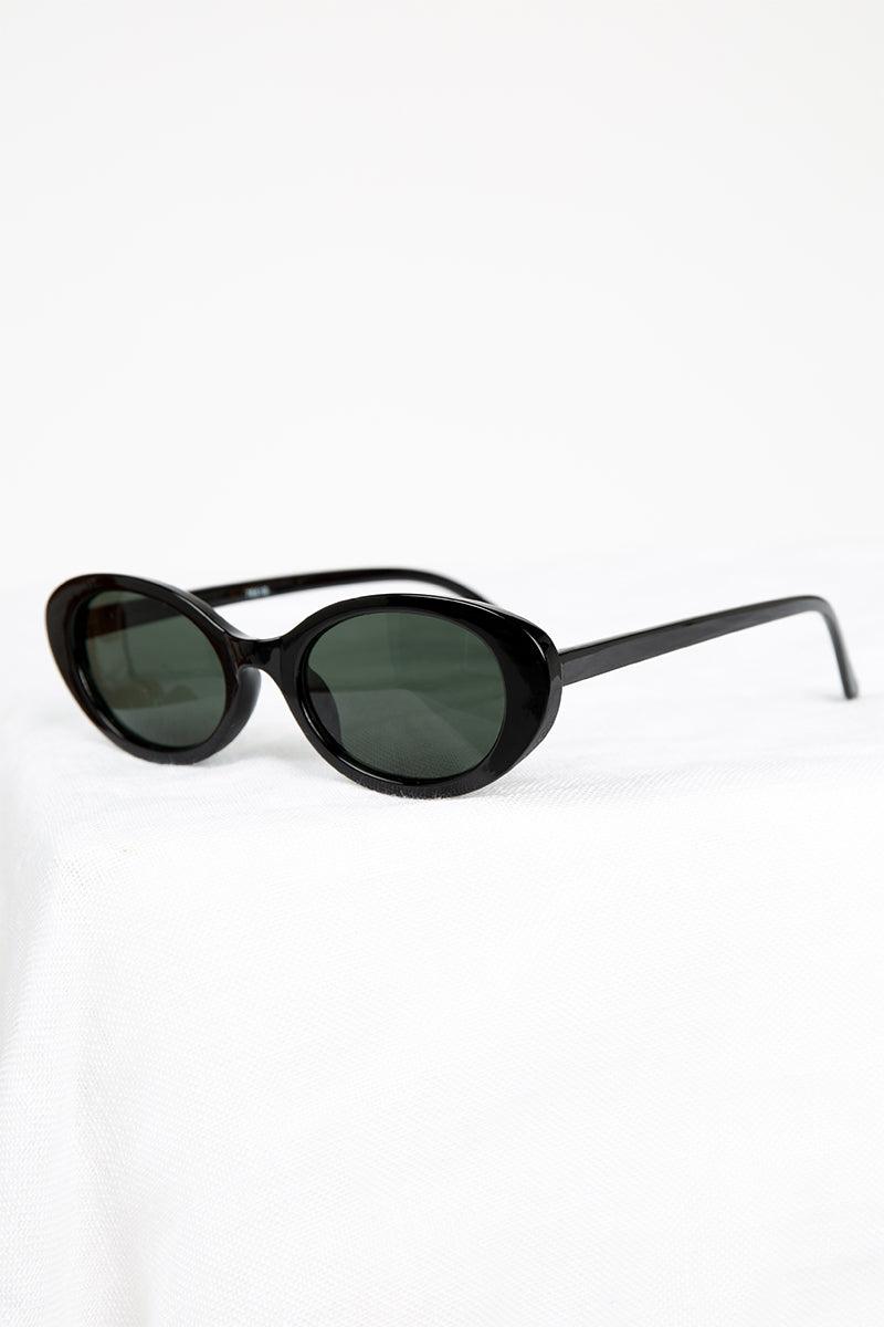 CLEO BLACK OVAL SUNGLASSES