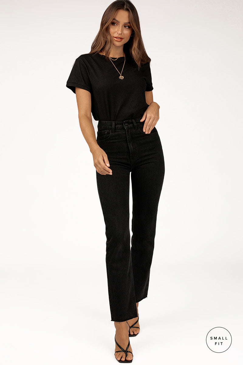 MARGI SLIM STRAIGHT BLACK JEAN