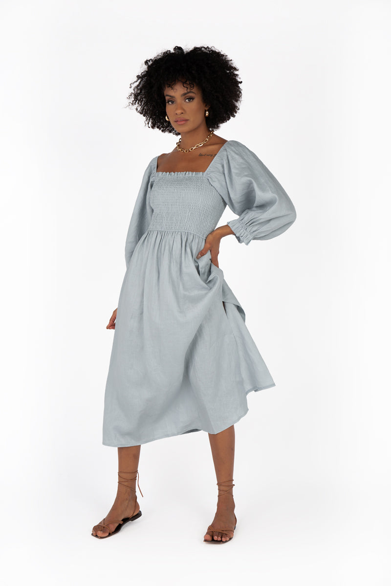 DUSK SHIRRED BLUE LINEN MIDI DRESS
