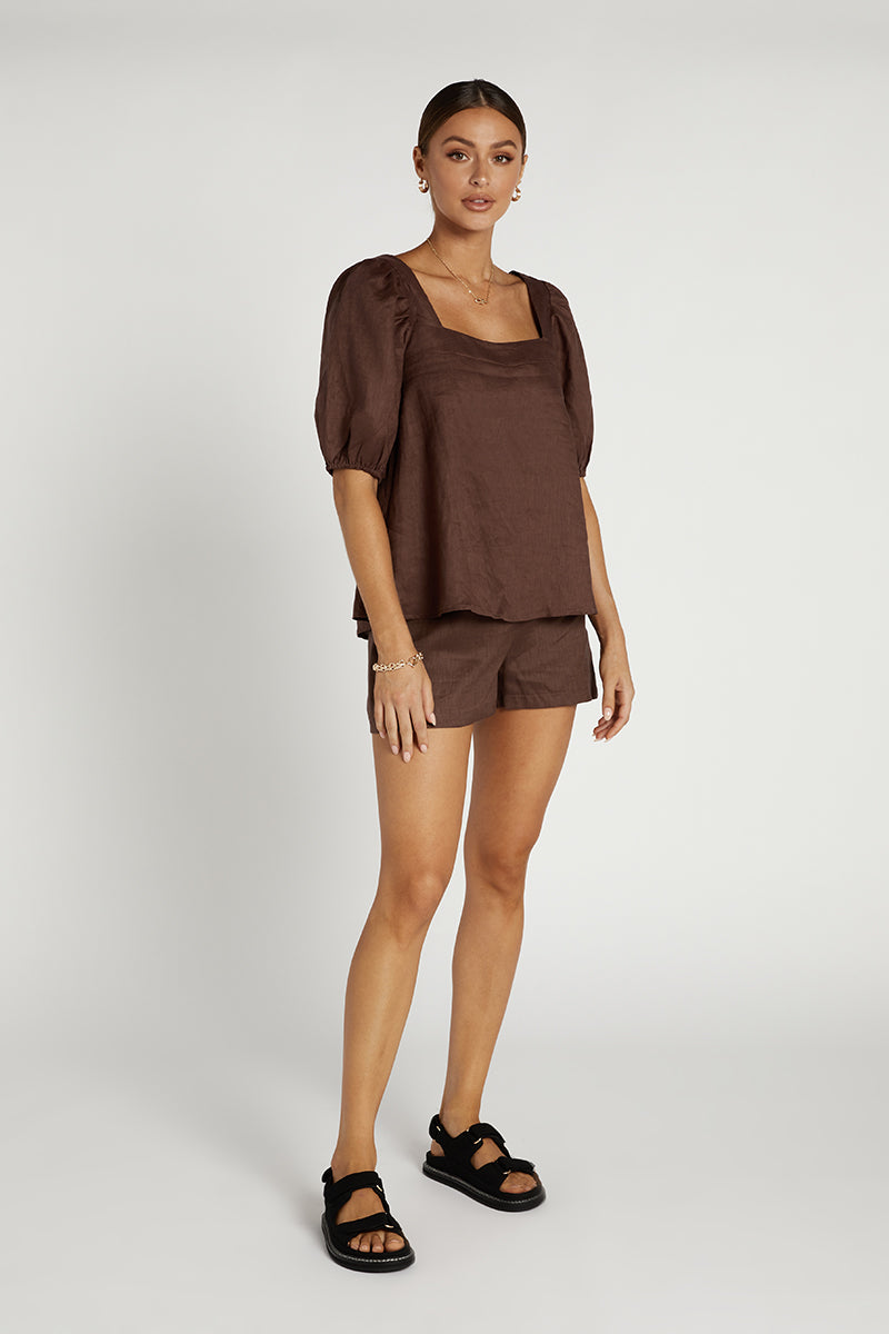 AMIE LINEN CHOCOLATE BABYDOLL TOP