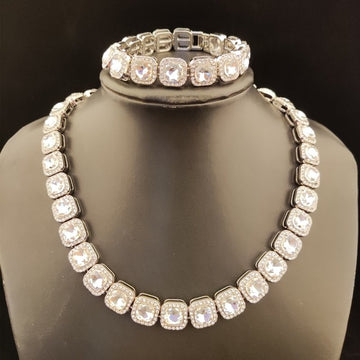 Zircon  Cuban  necklace - Devine jewels