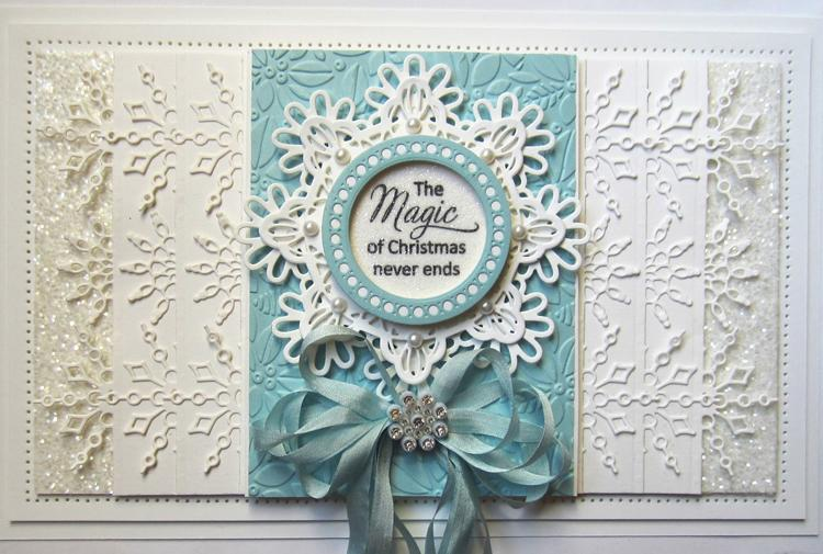 Festive Collection Snowflake Edger