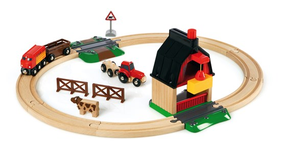 BRIO Brio Farm Railway Set