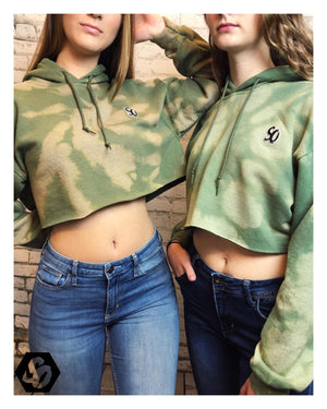 Open image in slideshow, Kiwi Crop Top Hoodie