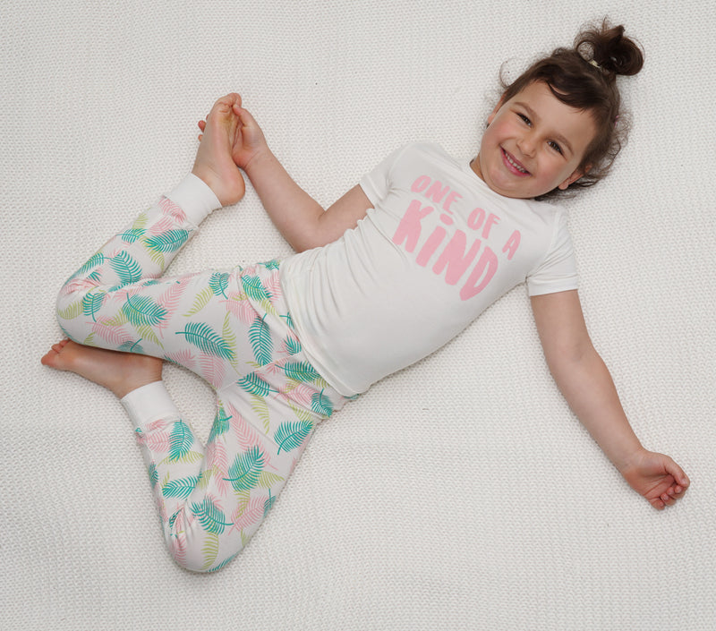 Bamboo Short Sleeve Pajama Set (Feather/Tropical Palm Print)