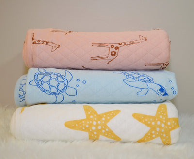 Large Bamboo Quilted Blanket (Starfish Print)