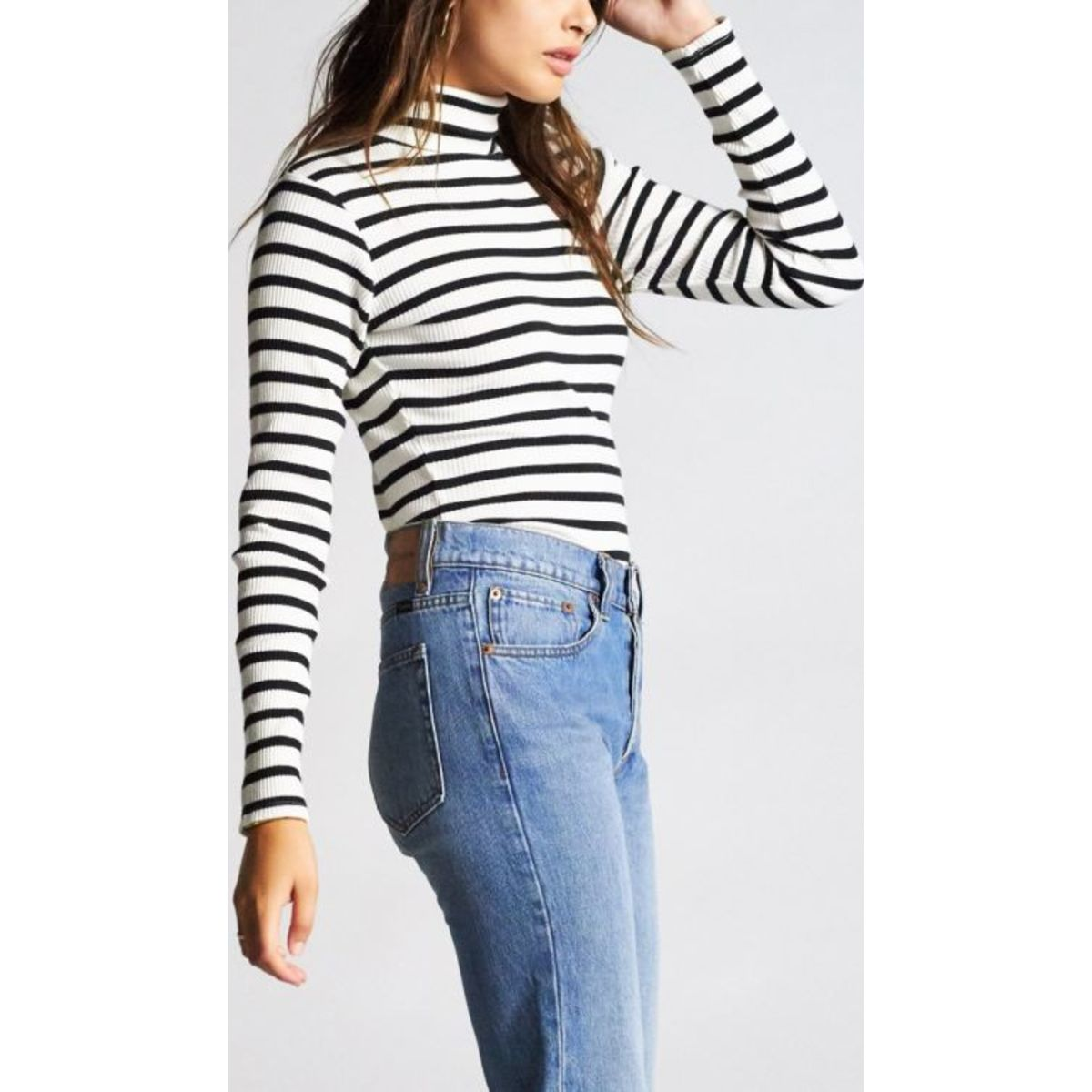 ASHLEY L/S TURTLENECK - BLACK/WHITE