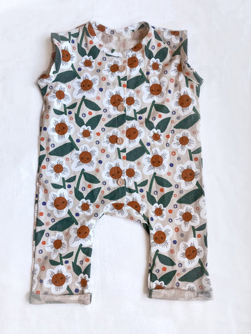 Sleeveless Romper Daisies