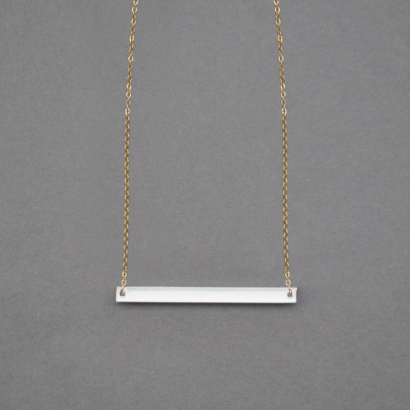 Classic Kira Wide Necklace - White