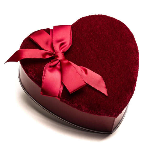 Velvet Heart with Bow (Assorted Milk Chocolates)