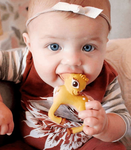 OLIVE THE DEER TEETHER