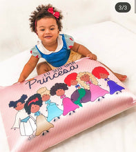 "Load image into Gallery viewer, Satin Pillowcase - ""I'm a princess"""