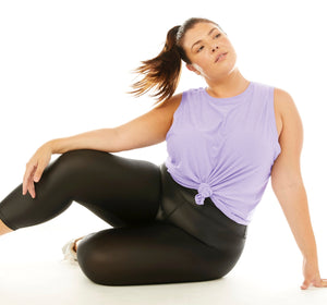 model posed in shine extended size legging 1x-3x