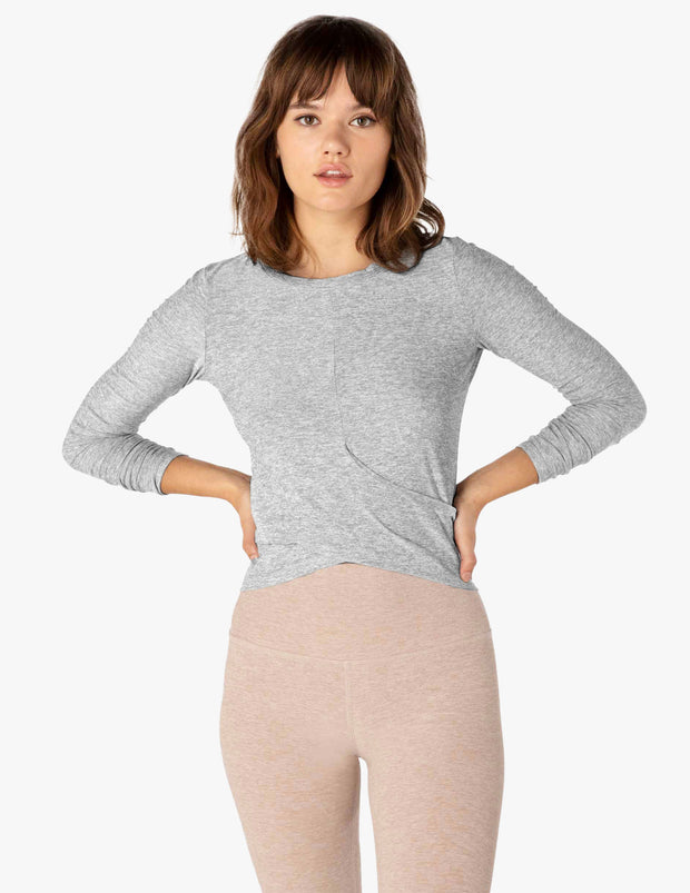 Under Over Featherweight Pullover