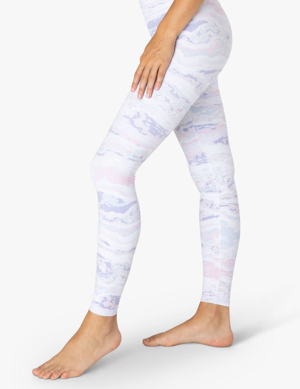 Olympus Pastel Waves High Waisted Midi Legging