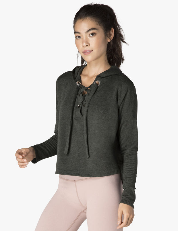 Over Tied Cropped Pullover