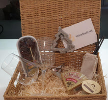 Load image into Gallery viewer, WineStuff Festive Hamper - WineStuff.net - WineStuff.net - -