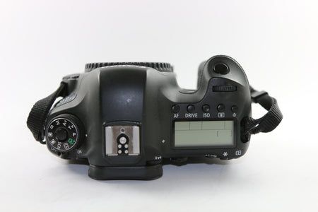 USED DIGITAL SLR CAMERAS