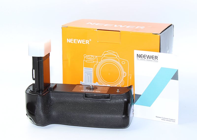 Neewer Canon 5D Mark IV Battery Grip