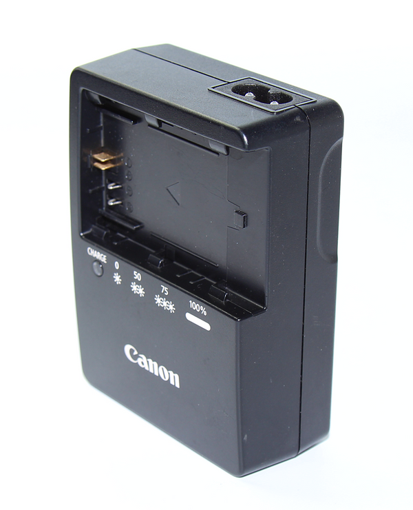 Canon Battery Charger LC-E6E ( Fig 8) - New