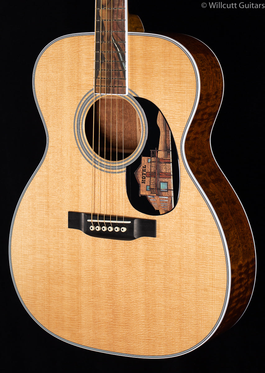 "Martin Custom Shop 000-14 ""Dark Desert Highway"" (852)"