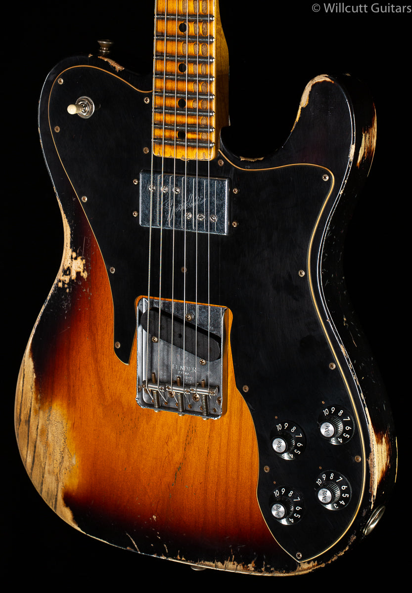 Fender Custom Shop Limited Edition 70's Custom Relic Faded Aged 3-Color Sunburst (150)
