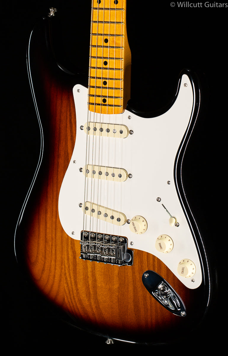 Fender Eric Johnson Virginia Stratocaster 2-Tone Sunburst