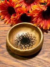 Load image into Gallery viewer, Sunflower Jewelry & Key Holder