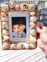 Load image into Gallery viewer, Seashell Beach 4x6 Frame