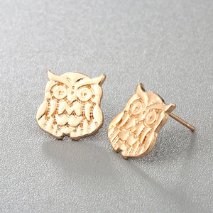 Minimal Wise Barn Stud Earrings