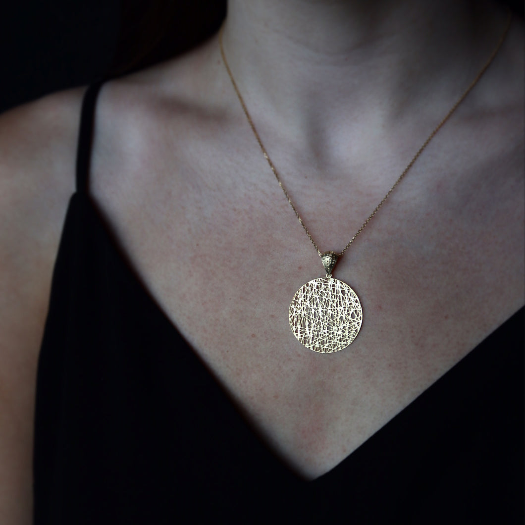 Mesh Style Disc Necklace Solid 14K Gold