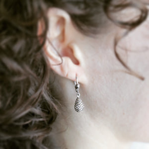 Pear Shaped White Gold Drop Earrings