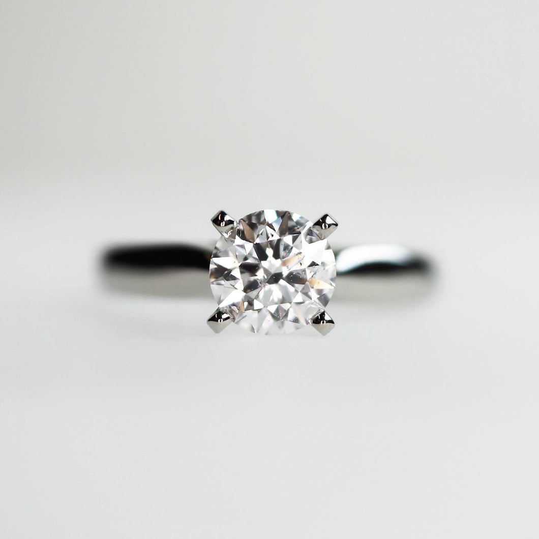 0.75 carat Classic Engagement ring