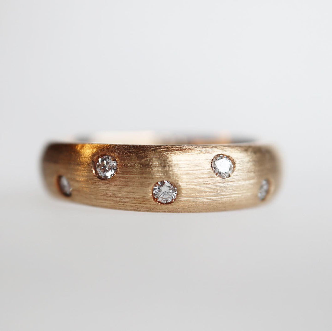 Scattered Diamond Band