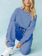 Load image into Gallery viewer, Crema Pastel Ceros Tracksuit women