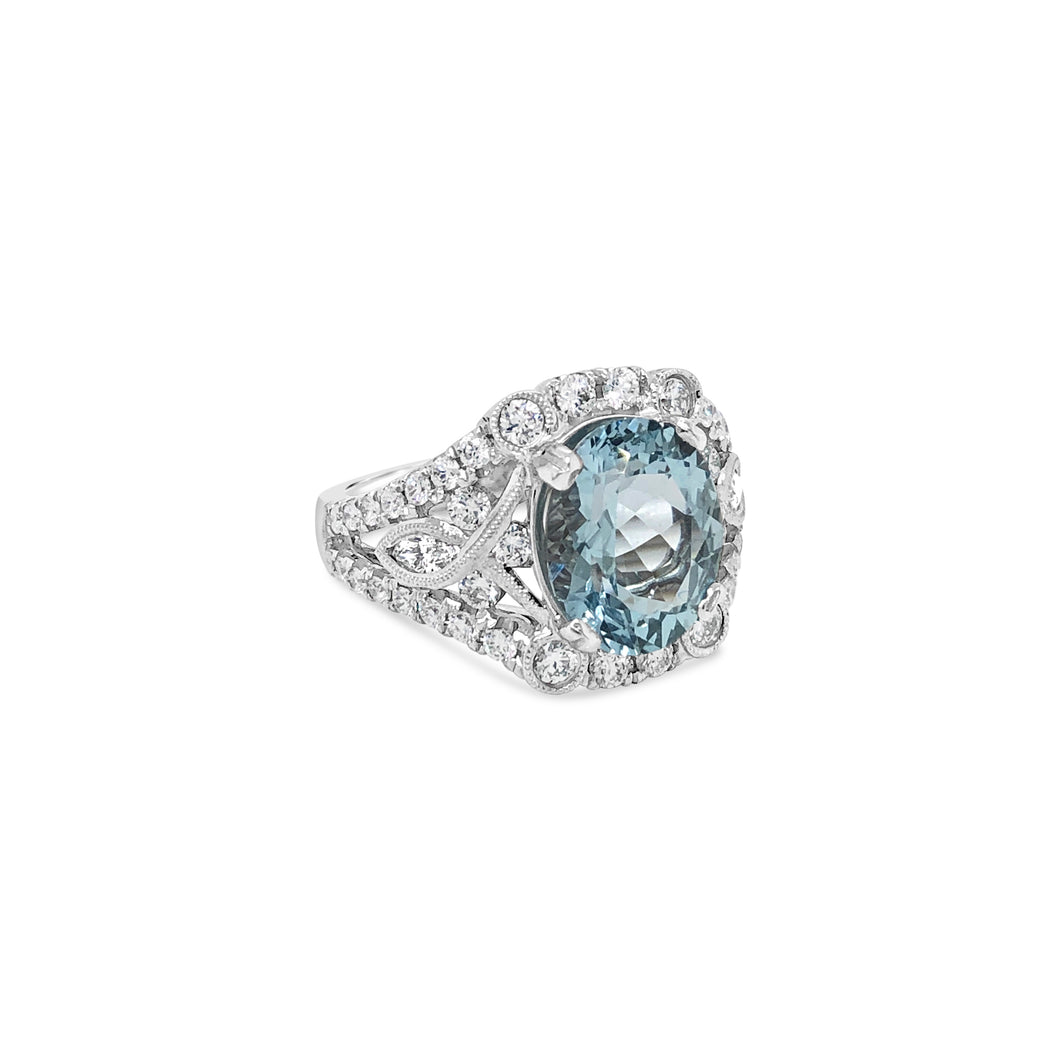 14kw Gold Aquamarine Diamond Ring