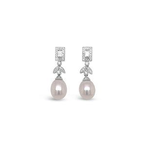 18kw Diamond and Pearl Stud Earrings
