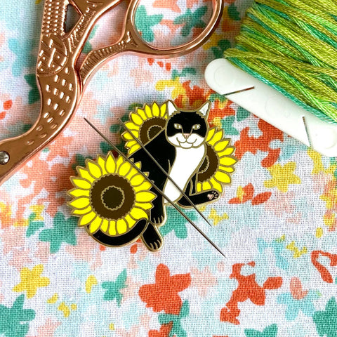 Magnetic Needleminder - Tuxedo Cat with Sunflowers 40mm Hard Enamel Pin Converted to Needle Minder with Very Strong N50 Neodymium Magnets